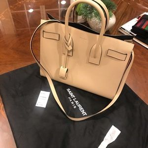 YSL GRAINED LEATHER SAC DE JOUR ALMOST NEW